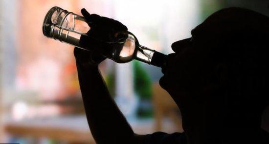 Алкоголь уменьшает шансы заразиться коронавирусом