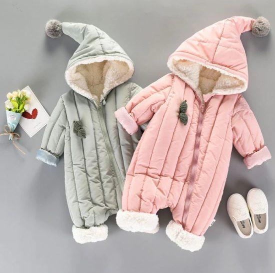 Теплый комбинезон с капюшоном для младенцев